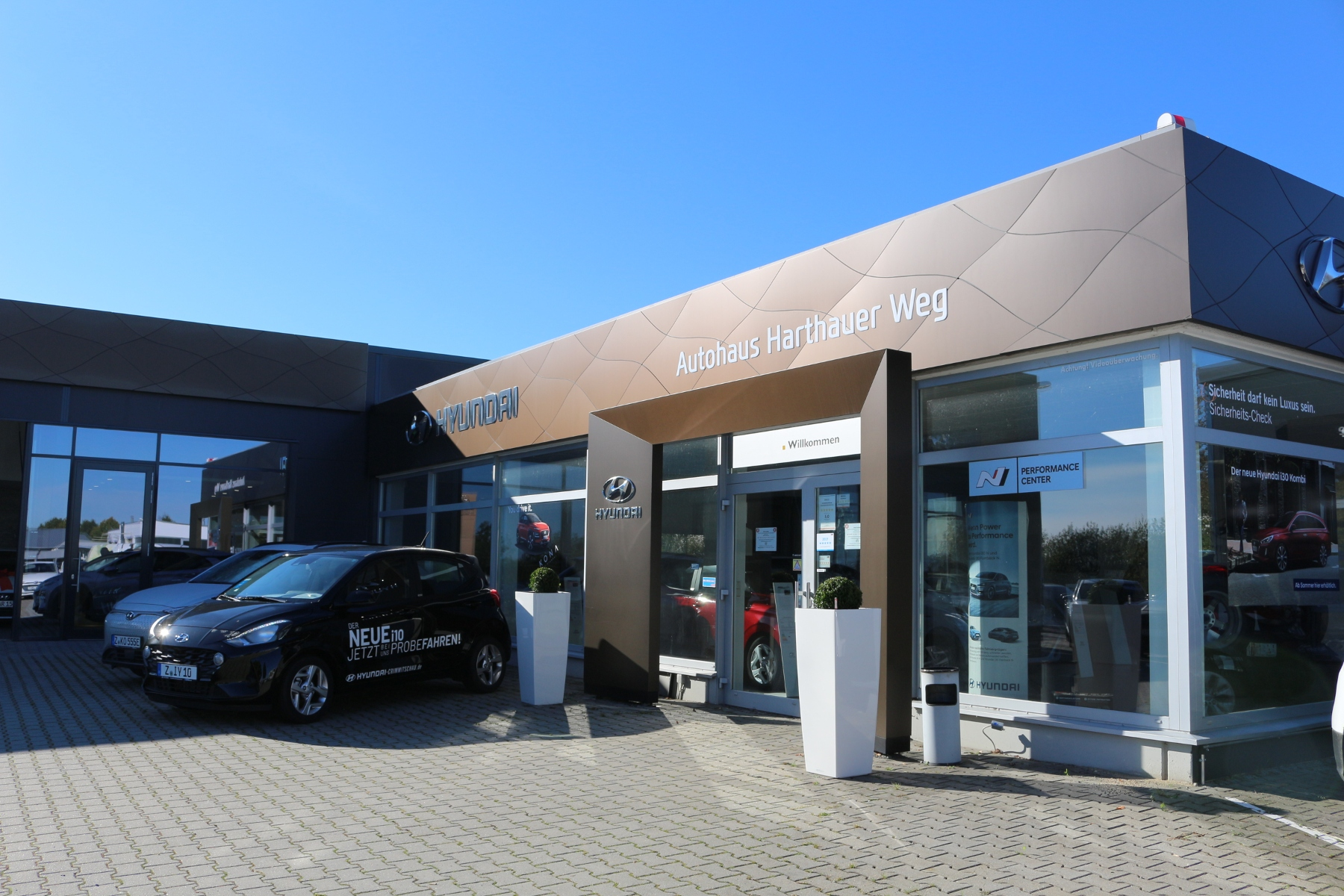 Hyundai Vertragshändler Harthauer Weg Außenaufnahme